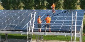 Reinigung und Wartung von Photovoltaikanlagen